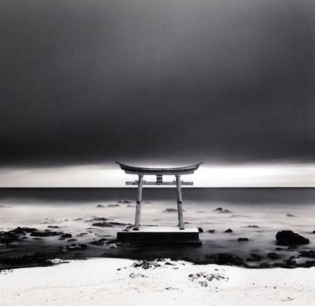 torii gate, shosanbetsu, hokkaido, Japan 2004