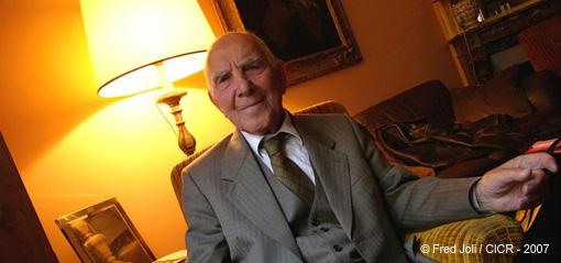 Indignez-vous - Stéphane Hessel