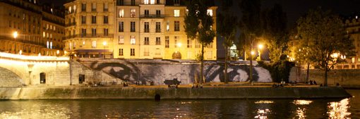 Photo du collage, de la nuit du 22 septembre 2009 Paris.